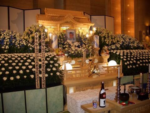白木の宮祭壇